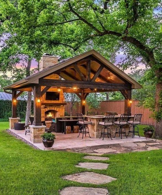 طراحی باغ ویلا | طراحی ویلا در سرخاب | بازسازی آپارتمان در کرج | استودیو تجویدی