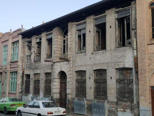 بازسازی ساختمان های قدیمی در کرج   طراحی ویلا در کردان ، بازسازی آپارتمان در تهران و کرج ، استودیو طرح و ساخت تجویدی